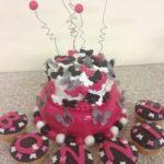 Gâteau Papillon Cake noir et rose