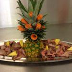 Rôti de porc et fruits exotiques