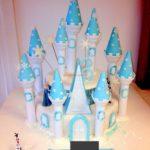 gateau chateau reine des neiges